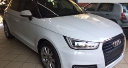 Audi A1 SPB ATTRACTION 1.6TDI 116CV BICOLORE BIANCO E NERO