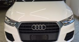 AUDI Q3 2.0 TDI 120 CV Business