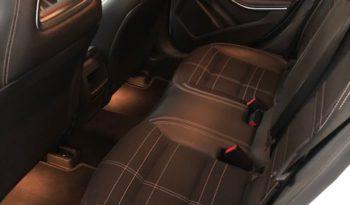 Mercedes-Benz GLA 200 D Automatic Sport full