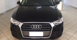 Audi Q3 2.0 TDI 120 CV Business