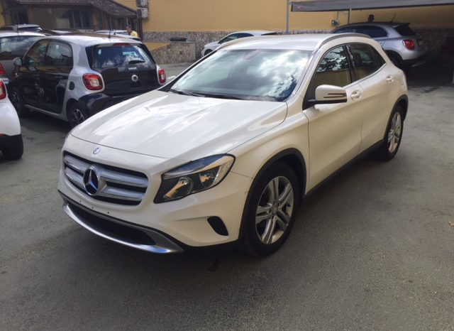 Mercedes-Benz GLA 200 CDI Sport full