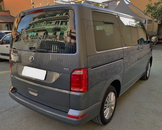 Volkswagen T6 Multivan 2.0 TDI 150CV Tech full