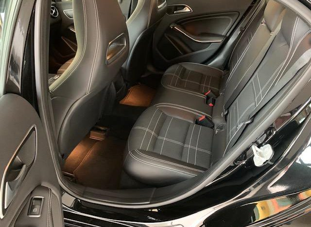 Mercedes-Benz A 180 d Automatic Sport full